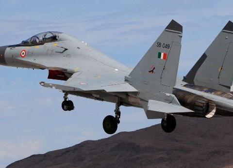 美国态度大变,要求印度放弃俄战机否则就制裁,若成功可一箭三雕