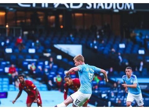一场0-4让利物浦踢出怀旧表现!瓜帅放弃传控,简捷打法更有效