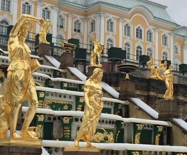 圣彼得堡最美的花园,建在海边的城市,被称为俄罗斯的凡尔赛宫