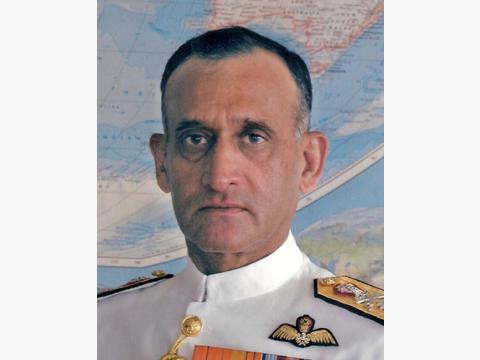 印海军上将出馊主意 在印度洋攻击东方货轮,大批054A舰严阵以待