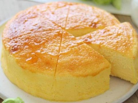 用酸奶做蛋糕太好吃了,口感软绵,热量低,解馋又不发胖