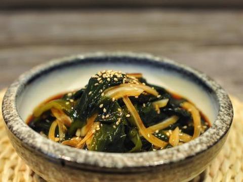 此菜被誉为绿色海参,铁是菠菜21倍,猪肝的7倍,才卖5元1斤