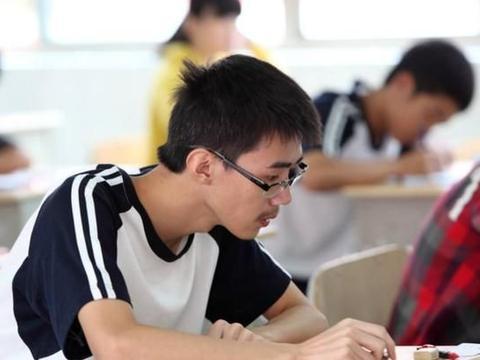 高考场上这三个做题禁忌,考生重点注意,很容易影响考试成绩