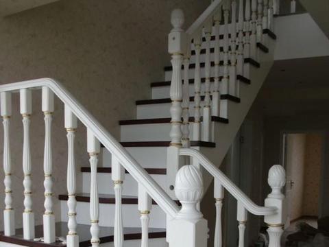 心理测试:你喜欢哪个楼梯的款式?看看你到底会成为穷人还是富人