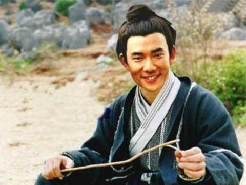 长得丑却演美男的5位男星,冯绍峰还算勉强,最后一位笑出声!