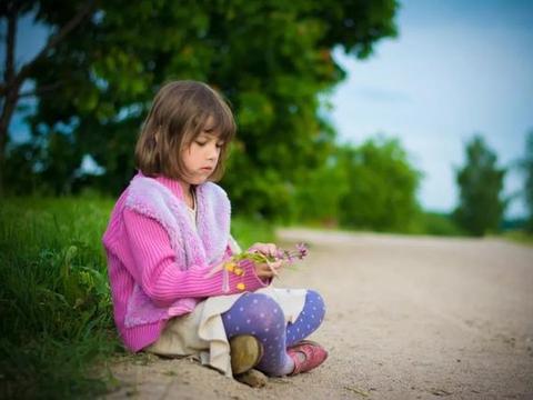 """家长不要觉得""""小孩子能有什么隐私"""",孩子也有隐私,家长别侵犯"""