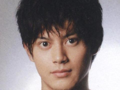 日本杰尼斯宣布首例艺人确诊病例,29岁男团偶像被隔离治疗