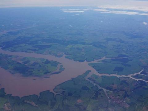 亚马逊大河有什么古怪之处,为什么没有大桥敢跨越亚马逊河?