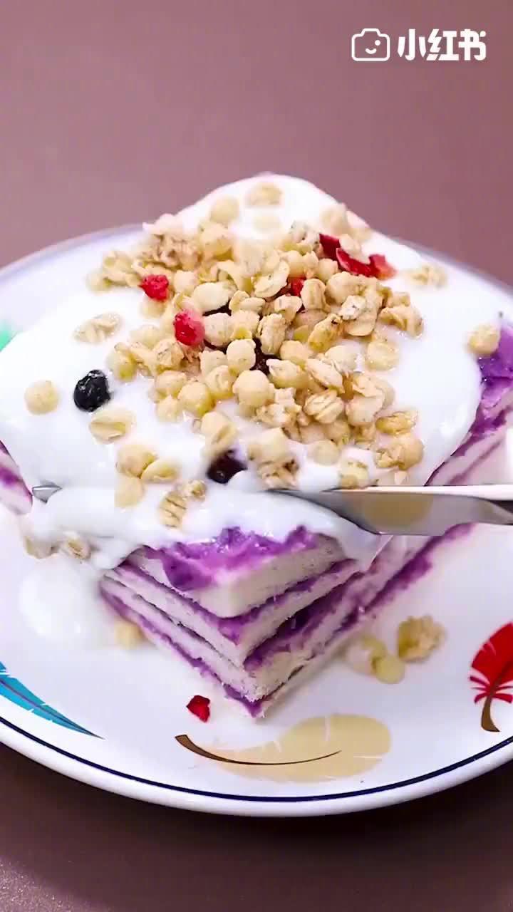 心心念念的芋泥酸奶吐司,做法超简单,学好出摊就这么定了