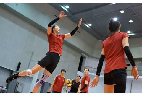 中国女排又在北京集结!集训到九月份,教练组暗示会有新人加入