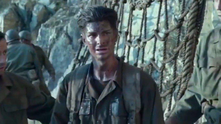 《血战钢锯岭》一个只想救人的男孩被迫成为了战士!