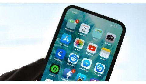 果粉再等一年:曝iPhone13苹果决意干掉刘海成完美全屏!