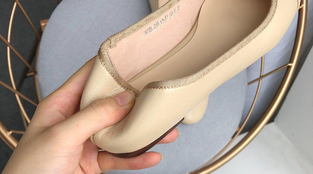 推荐一下 想要追求o束缚感觉和孕妇妈妈选择鞋鞋 可以选择这双炒