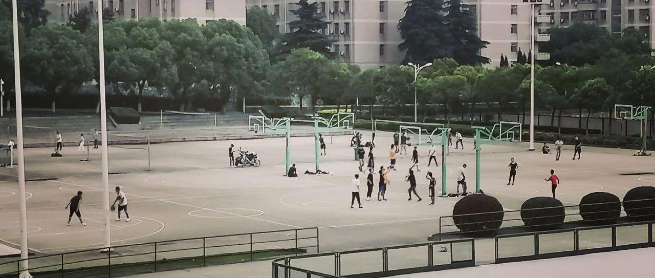爱校荣校    光影交错的江大校园,处处是青春的印迹
