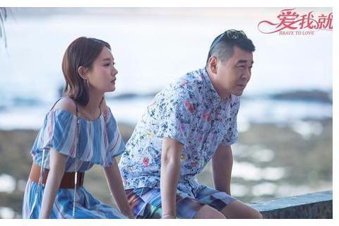 演技再好再符合人设,陈建斌和李一桐演情侣看着就是一对父女