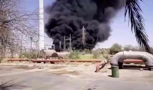 伊朗阿瓦士一家发电厂刚刚发生爆炸