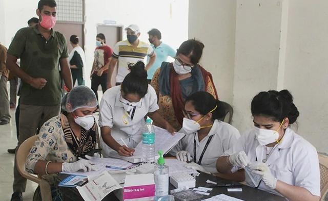 印度疫情惨了:不断打破每天新增纪录!恐将成为世界第2大疫区