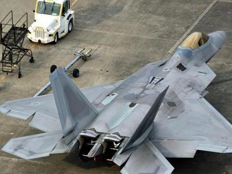 歼20战机还没出手,美国空军就已陷入绝望,F22根本不够用