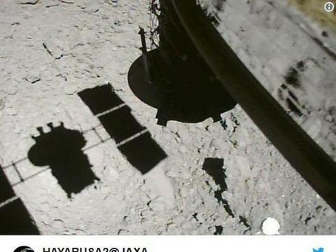 """日本行星探测器再次传回""""龙宫""""照片,距离小行星表面仅9米"""