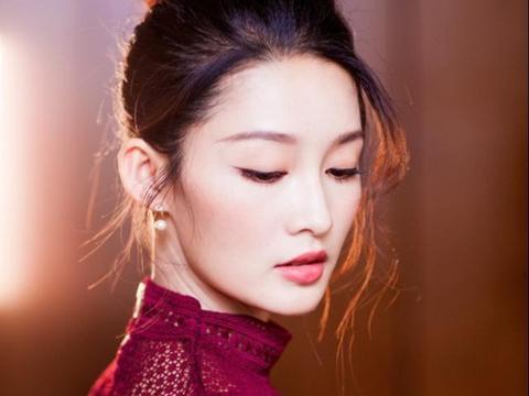 李沁拥有最有福气的饺子下巴却被质疑整容,粉丝:她唱戏时就这样