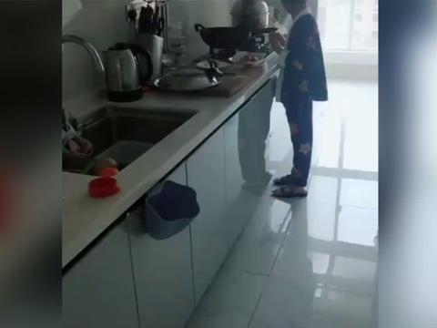 妈妈直呼周末的早餐最好吃,只因出自儿子之手,网友:好羡慕