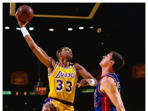图看NBA最难封盖的投篮:司机金鸡独立太无解,看到天勾就不想打