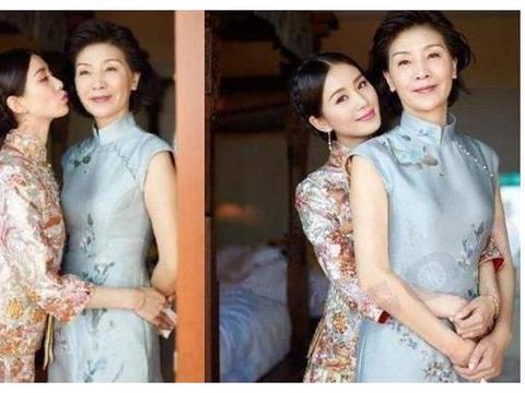 刘亦菲61岁妈妈太年轻!逆天冻龄比刘晓庆还夸张,更艳压颜霸女儿