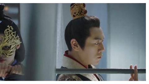 """张若昀调侃李沁,为何不推荐他演刘义康?李泌的回应让人""""尬笑"""""""