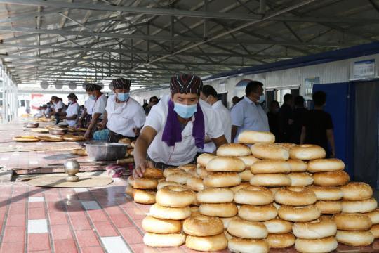 新疆伊犁州集中优势打造馕产业园带动就业促增收