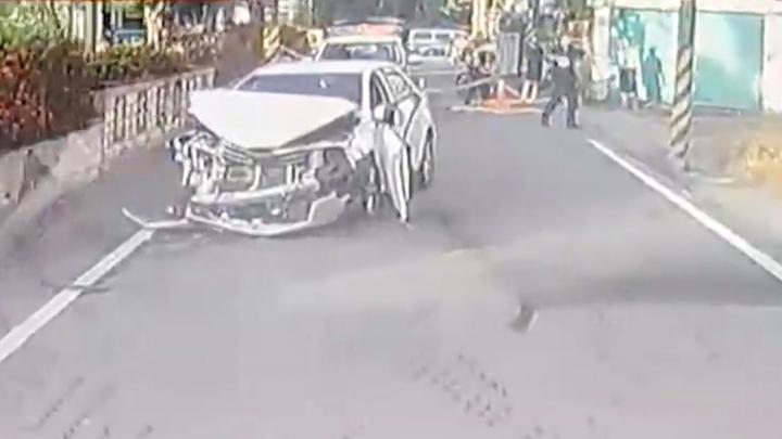 台湾黑帮谈判变火拼 街头掏霰弹枪追车射击至少1死1伤