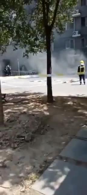 北京通州宋庄六合村突发火灾,两人受伤被紧急送医!