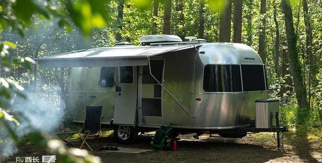 这个入门级的拖挂房车很奢华:Airstream清风房车Bambi 20FB