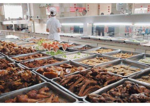 实拍富士康的员工食堂,各种美食应有尽有:网友:看完我想跳槽了