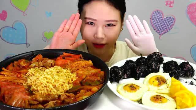 韩国卡妹吃播/拉面、饭团🍙、🍳煎蛋