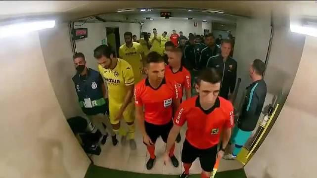 比利亚雷亚尔1-4巴萨全场集锦 梅西2助攻+1球被吹+1中柱 落后4分