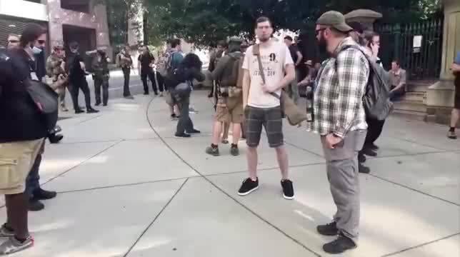 美国里士满BLM武装集会