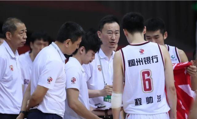 复赛后的CBA,浙江双雄领衔比赛风格最好看的五支球队