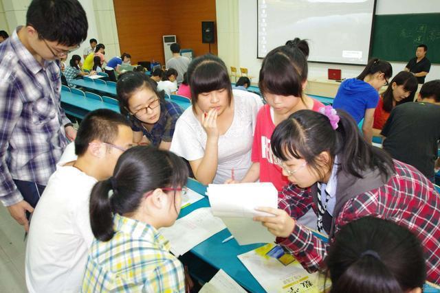 教育部宣布:不公布考试成绩和排名,这能实现快乐教育吗?