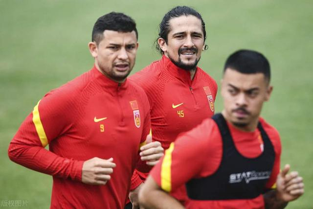 遗憾!记者:足协对巴西归化球员失去兴趣,入籍工作被叫停