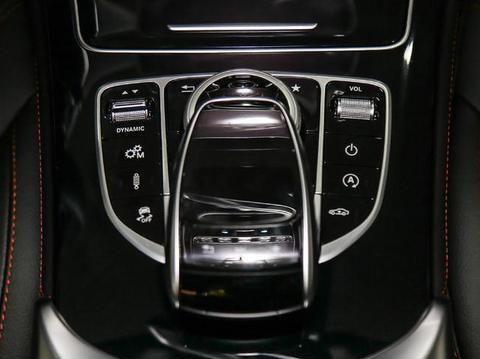 豪车界的标杆,3.0T+9AT,舒适如保时捷,原装进口64万起!