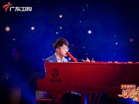 王铮亮登《流淌的歌声》第二季 再唱《时间都去哪儿了》