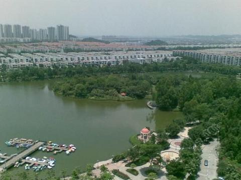 中国第一城中村,占地6500亩耗资160亿,住户多达20万!
