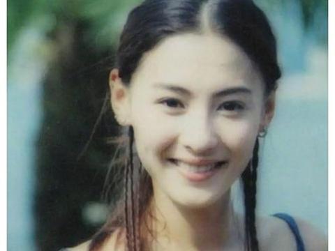 张柏芝当年有多美?当她的18岁学生照流出,众男粉已迷倒在厕所