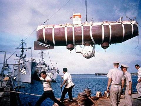 核潜艇为何不追求下潜深度? 技术不是问题, 专家坦言没必要