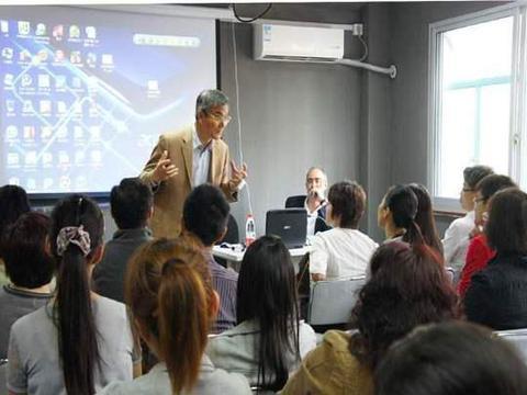 高考将开考,俞敏洪建议选择离家远大城市大学,考生家长赞同吗?