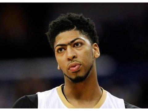 20张NBA球星幼年照,遮住名字你认识几个?浓眉哥特征太明显