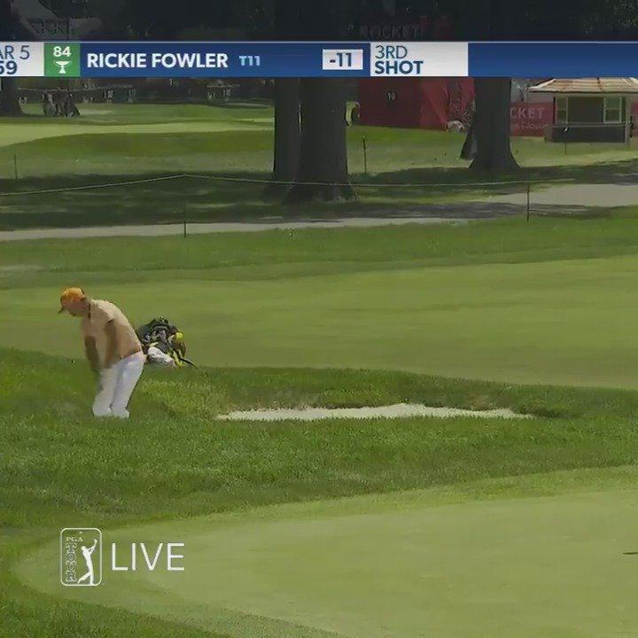 决赛轮,福勒在14号洞果岭沙坑救球直接进洞,轻轻松松射下老鹰
