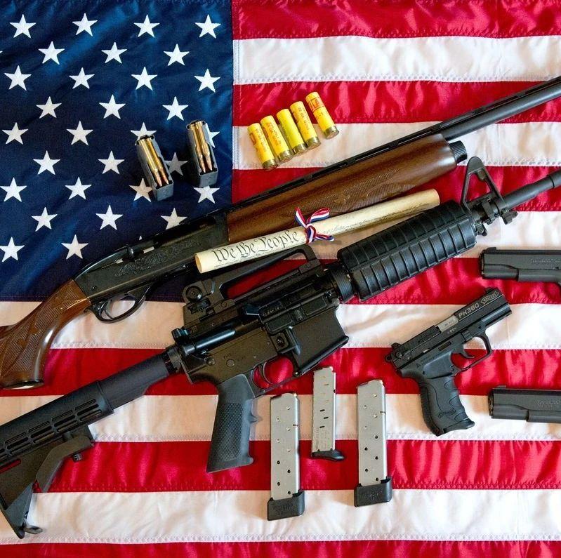 """美国迎来""""血腥""""国庆假期,枪击案超400起、最小受害者仅6岁"""