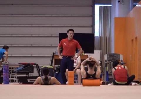 奥运冠军退役7年发福!重回国家队转型当领队,半年成功减重16斤