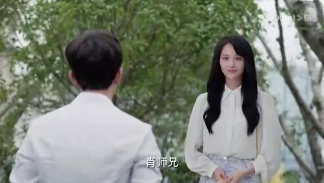 郑爽饰演的计算机系美女学霸贝微微必须有姓名